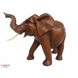 **Elefante Tallado en...