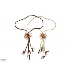 **Collar Flor de Conchas...